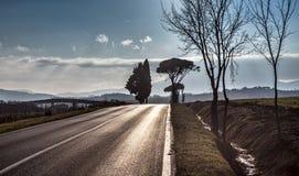 Δρόμος ασφάλτου στην Ουμβρία, Ιταλία Στοκ φωτογραφία με δικαίωμα ελεύθερης χρήσης