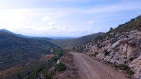 Δρόμος βουνών ερήμων Στοκ φωτογραφία με δικαίωμα ελεύθερης χρήσης