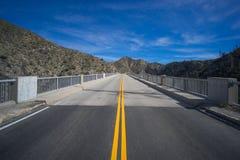 Δρόμος βουνών Καλιφόρνιας Στοκ εικόνες με δικαίωμα ελεύθερης χρήσης
