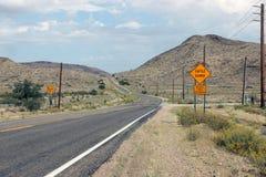 Δρόμος ερήμων Mojave Στοκ εικόνα με δικαίωμα ελεύθερης χρήσης