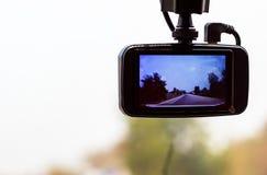 Δρόμος και δέντρο εικόνων στη κάμερα στο αυτοκίνητο στοκ εικόνες με δικαίωμα ελεύθερης χρήσης