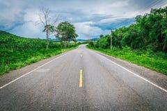 Δρόμος καμπυλών στην Ταϊλάνδη Στοκ εικόνες με δικαίωμα ελεύθερης χρήσης