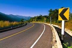 Δρόμος καμπυλών στο βουνό Ταϊλάνδη Στοκ Φωτογραφίες