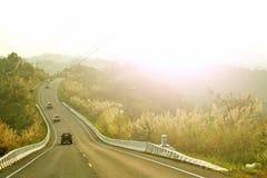 Δρόμος καμπυλών στο βουνό Στοκ φωτογραφία με δικαίωμα ελεύθερης χρήσης