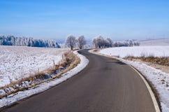 Δρόμος κατά τη διάρκεια του χειμώνα, Στοκ φωτογραφίες με δικαίωμα ελεύθερης χρήσης
