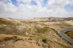 Δρόμος μέσω της ερήμου Negev στο Ισραήλ Στοκ φωτογραφία με δικαίωμα ελεύθερης χρήσης