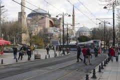 Δρόμος με έντονη κίνηση στη Ιστανμπούλ, Τουρκία στοκ εικόνες με δικαίωμα ελεύθερης χρήσης