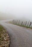 δρόμος ομίχλης Στοκ εικόνες με δικαίωμα ελεύθερης χρήσης
