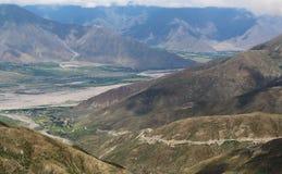 Δρόμος ουρανού στο Θιβέτ Στοκ φωτογραφία με δικαίωμα ελεύθερης χρήσης