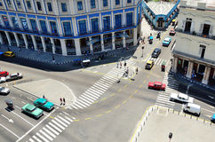 Δρόμος που διασχίζει τη τοπ άποψη Στοκ Φωτογραφίες