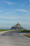 Δρόμος σε Mont Saint-Michel, Γαλλία Στοκ φωτογραφία με δικαίωμα ελεύθερης χρήσης