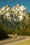 Δρόμος σε Tetons μεγάλο εθνικό πάρκο teton Wyoming Στοκ Φωτογραφία