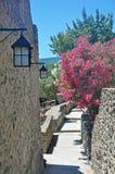 Δρόμος-σκαλοπάτια στο έδαφος του κάστρου Aragonese Στοκ φωτογραφία με δικαίωμα ελεύθερης χρήσης