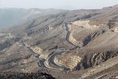 Δρόμος στα βουνά Jais, Jebel Jais, Ras Al Khaimah, Ηνωμένα Αραβικά Εμιράτα Στοκ Εικόνα