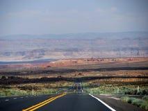 Δρόμος στη λίμνη Powell στοκ εικόνες