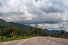 Δρόμος στη νότια Ταϊλάνδη Στοκ φωτογραφία με δικαίωμα ελεύθερης χρήσης