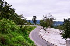 Δρόμος στο βουνό σε Pai στο γιο Ταϊλάνδη της Mae Hong Στοκ Εικόνα