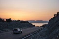 Δρόμος στο ηλιοβασίλεμα Στοκ εικόνες με δικαίωμα ελεύθερης χρήσης