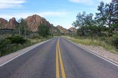 Δρόμος στο μεγάλο εθνικό πάρκο κάμψεων στοκ εικόνες