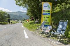 Δρόμος στο συνταγματάρχη du Tourmalet - γύρος de Γαλλία 2014 Στοκ εικόνα με δικαίωμα ελεύθερης χρήσης