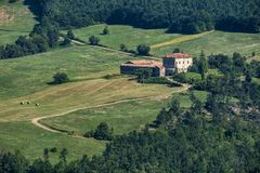 Δρόμος στο della Cisa Passo, από την Τοσκάνη στην Αιμιλία στοκ εικόνες
