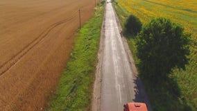 Δρόμος τομέων και ασφάλτου απόθεμα βίντεο