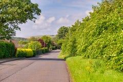 Δρόμος του Μπρίσμπαν Glen που τοποθετείται επάνω από την πόλη Largs στη Σκωτία στοκ εικόνες