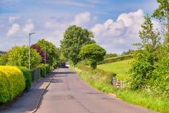 Δρόμος του Μπρίσμπαν Glen που τοποθετείται επάνω από την πόλη Largs στη Σκωτία στοκ εικόνα με δικαίωμα ελεύθερης χρήσης