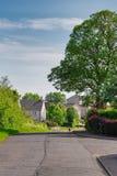 Δρόμος του Μπρίσμπαν Glen που τοποθετείται επάνω από την πόλη Largs στη Σκωτία στοκ φωτογραφία
