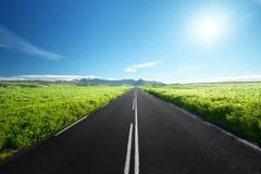 Δρόμος το καλοκαίρι Ισλανδία Στοκ φωτογραφία με δικαίωμα ελεύθερης χρήσης