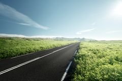 Δρόμος το καλοκαίρι Ισλανδία Στοκ Φωτογραφίες