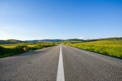 Δρόμος το καλοκαίρι Στοκ φωτογραφία με δικαίωμα ελεύθερης χρήσης