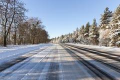 Δρόμος το χειμώνα στοκ φωτογραφίες με δικαίωμα ελεύθερης χρήσης