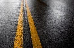 δρόμος υγρός Στοκ Φωτογραφίες