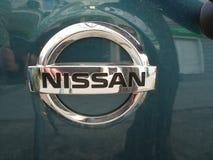 δρόμος s Σεπτέμβριος της Nissan μηχανών λογότυπων της Κίνας chengdu 14$ου 16$ου το 2011 ο 25$ος εμφανίζει στη δύση Στοκ εικόνα με δικαίωμα ελεύθερης χρήσης