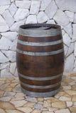Δρύινο αγροτικό βαρέλι Στοκ φωτογραφία με δικαίωμα ελεύθερης χρήσης