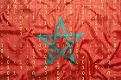 Δυαδικός κώδικας με τη σημαία του Μαρόκου, έννοια προστασίας δεδομένων Στοκ Φωτογραφίες
