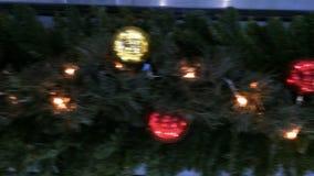 Δυναμική άποψη σχετικά με μια διακόσμηση Χριστουγέννων απόθεμα βίντεο