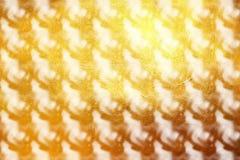 Δυναμικό σύγχρονο ψηφιακό σχέδιο σχεδίου στο χρυσό υπόβαθρο αφηρημένος δημιουργικός διάνυσμα εικόνας απεικόνισης στοιχείων σχεδίο Στοκ φωτογραφία με δικαίωμα ελεύθερης χρήσης