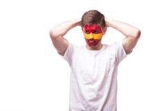 Δυστυχισμένος και αποτυχία του στόχου ή χάστε τις συγκινήσεις παιχνιδιών του οπαδού ποδοσφαίρου της Ισπανίας Στοκ εικόνα με δικαίωμα ελεύθερης χρήσης