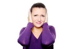 Δυστυχισμένο θηλυκό πρόσωπο με τις αρνητικές συγκινήσεις Στοκ εικόνα με δικαίωμα ελεύθερης χρήσης