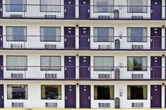 Δωμάτια μοτέλ περιοχής θερέτρου στοκ φωτογραφία με δικαίωμα ελεύθερης χρήσης