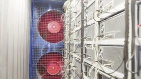 Δωμάτιο αποθήκευσης για τα αγροκτήματα της διαδικασίας εργασίας cryptocur απόθεμα βίντεο