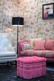 δωμάτιο μαξιλαριών πουφ διαβίωσης Στοκ Φωτογραφία