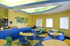 δωμάτιο μεσημεριανού γεύ&m Στοκ φωτογραφία με δικαίωμα ελεύθερης χρήσης