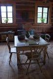 Δωμάτιο με τον πίνακα στο παλαιό εξοχικό σπίτι Σαββατοκύριακου Στοκ Εικόνες