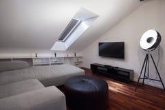 Δωμάτιο στη σοφίτα Στοκ Φωτογραφίες