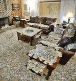 Δωμάτιο συνεδρίασης που γεμίζουν με τα χρήματα Στοκ εικόνα με δικαίωμα ελεύθερης χρήσης
