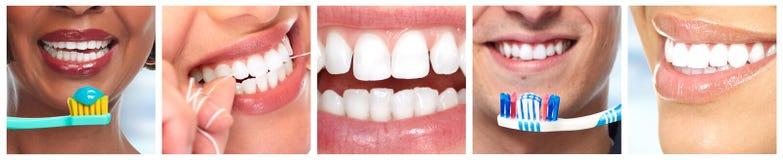 Δόντια με την οδοντόβουρτσα Στοκ φωτογραφία με δικαίωμα ελεύθερης χρήσης