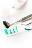 δόντι βουρτσών Στοκ Εικόνες